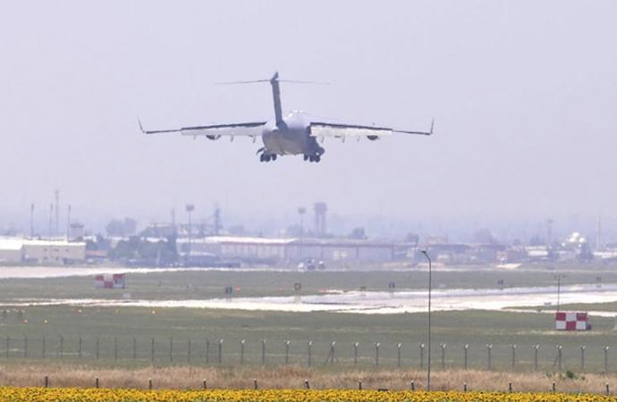 Türkiye'den İsrail'e 3 uçak dolusu koronavirüsle mücadele malzemesi