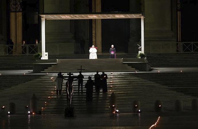 Vatikan'da 'Haç Yolu Ayini'