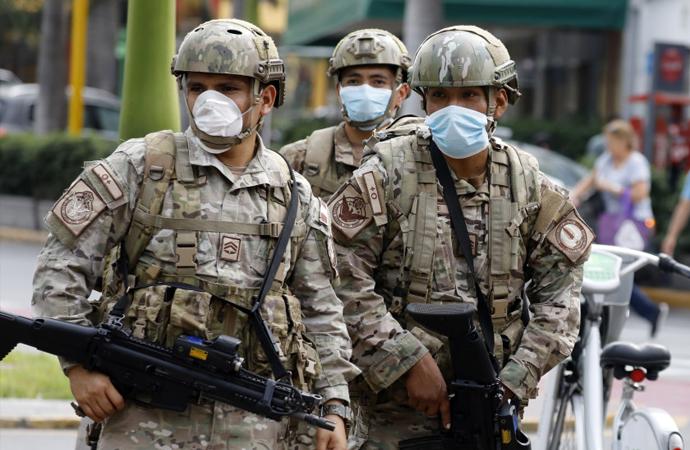 Amerikan ordusu 800 bin eski askeri göreve çağırdı