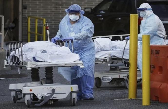 Amerika'da ölü sayısı 30 bini aştı