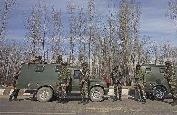 Keşmir'de çıkan çatışmalarda 5 Müslüman direnişçi hayatını kaybetti