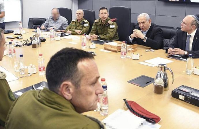 İsrail Savunma Bakanı Bennett: Yeni stratejimiz İran'ı Suriye'den çıkarmak