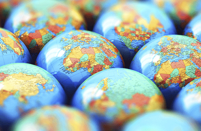 Küreselleşmenin imajı sarsıldı, gücü tartışmaya açıldı