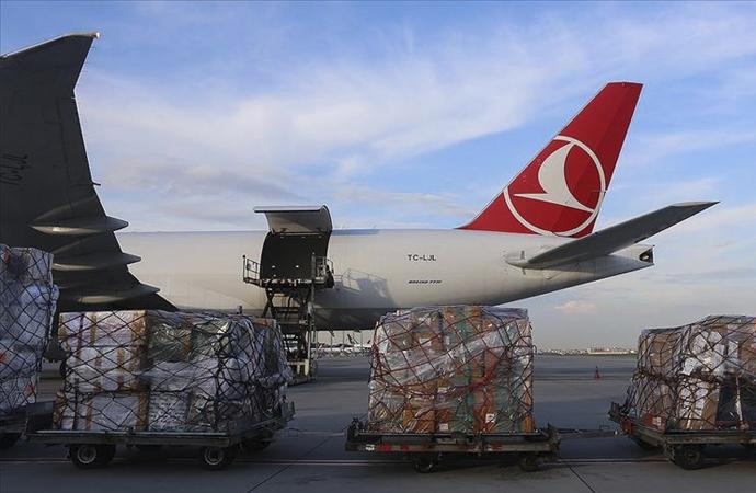 Türkiye'den Filistin'e 15 ton tıbbi yardım Tel Aviv'de
