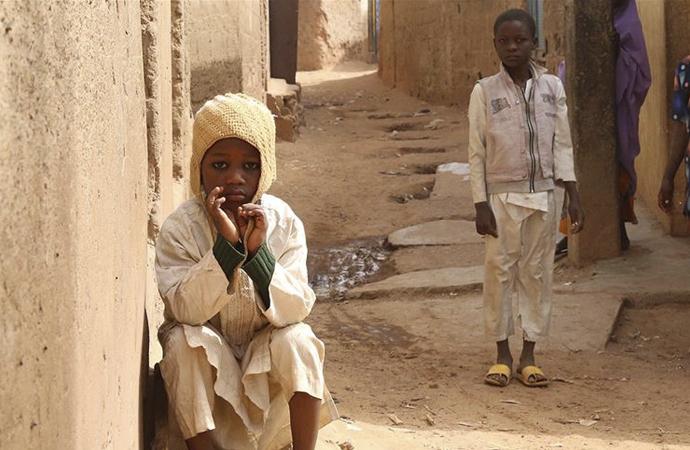 Nijerya'da 'teşhis edilemeyen hastalık'