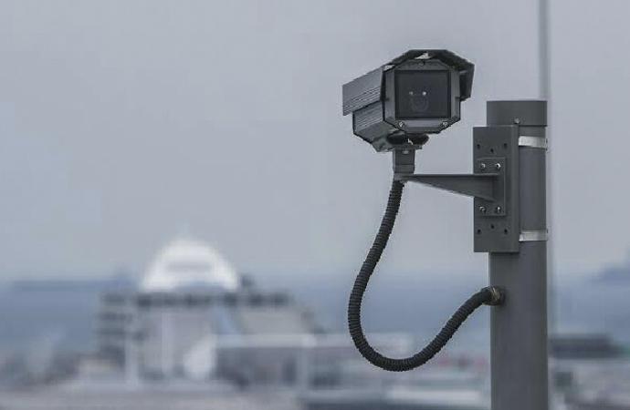 Çin, evlerin içine kadar girdi! Kameralar her yerde