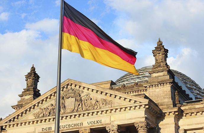 Alman yetkililerden devlet kurumlarına uyarı: WhatsApp kullanmayın