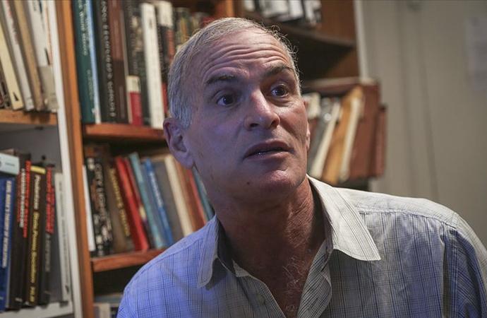 """Finkelstein: """"Holokost: Yahudi Istırabının Sömürüsü"""""""