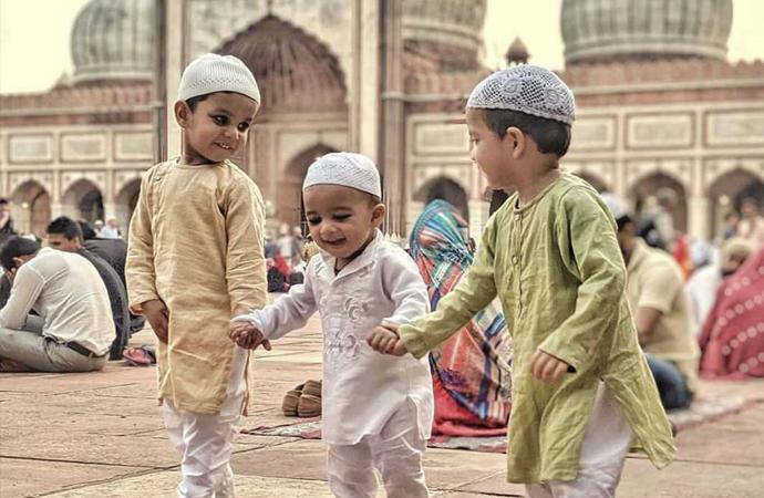 İslam aleminin Ramazan Bayramını tebrik ediyoruz