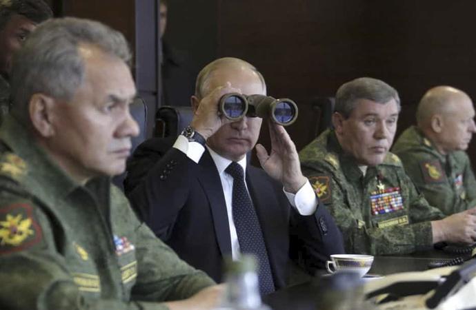 'Rusya Libya'yı ikiye bölmeyi hedefliyor'