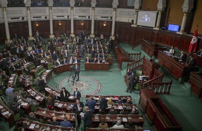 Parlamento feshedilsin çağrısına Nahda'nın tepkisi