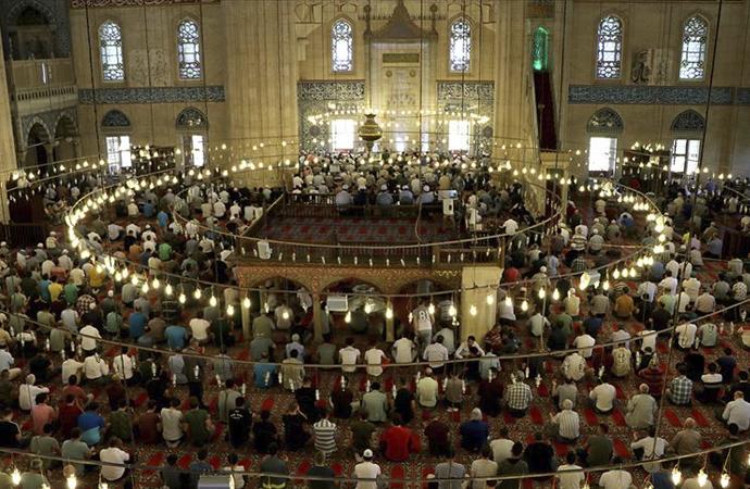 'Uzmanlar' camiye gitmenin önemini anlattı
