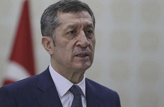 Milli Eğitim Bakanı Ziya Selçuk'tan LGSaçıklaması
