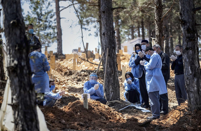 Kovid-19'dan ölenlerin cenaze işlemleri nasıl yapılıyor?