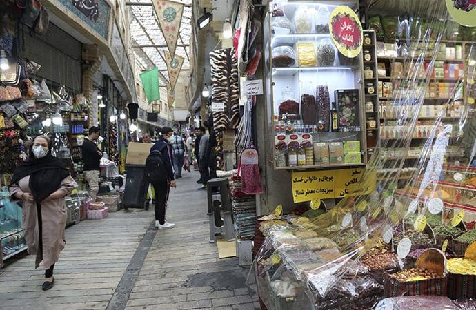 İran ekonomisi ABD yaptırımları ve koronavirüs kıskacında