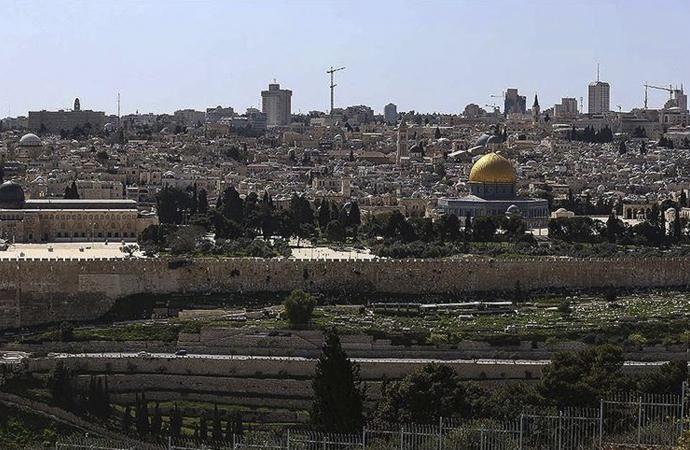 İsrail, Filistin'den kestiği paraları kredi olarak kullandıracak