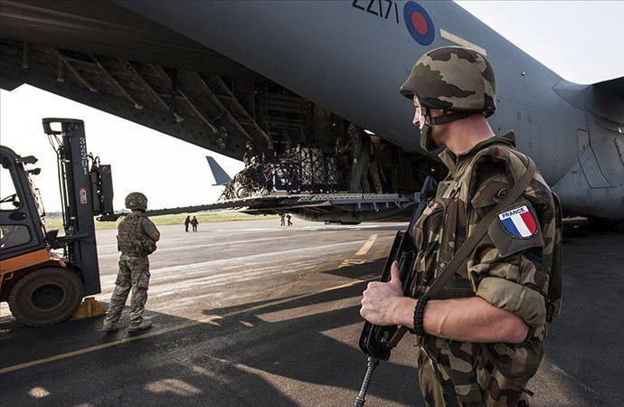 Fransa, yurtdışında görev yapan asker sayısını açıkladı