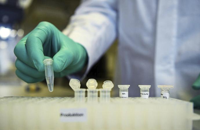 Kovid-19'un laboratuvarda üretildiğine dair yeni iddia Avrupa'dan