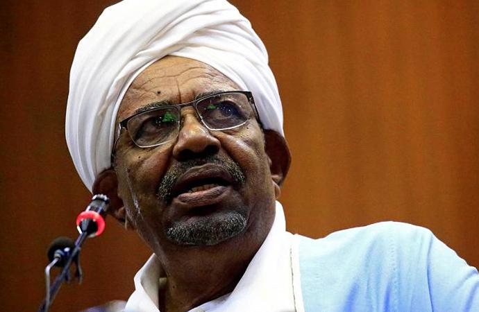 Sudan'da eski kadro temizliği!