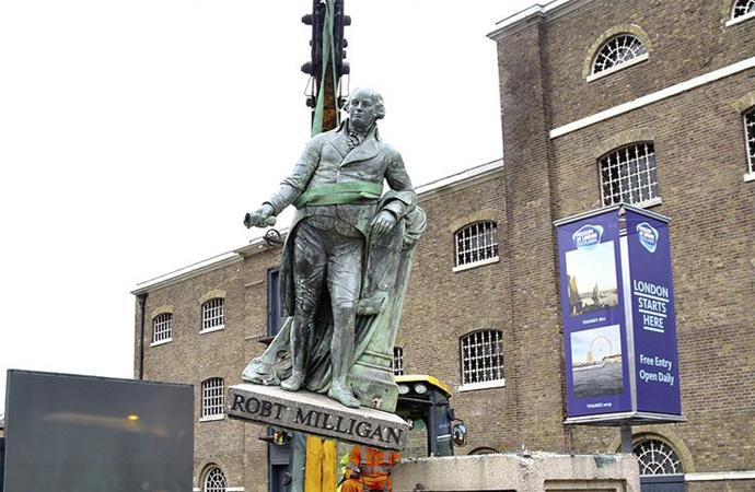 İngiltere ve Belçika sömürgecilik simgelerini tartışıyor