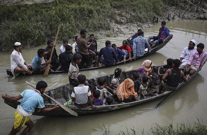 Malezya yaklaşık 300 Arakanlı sığınmacıyı geri çevirdi
