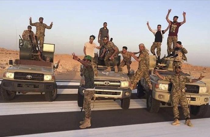 Libya ordusunun hedefi petrol hilali sahasını temizlemek