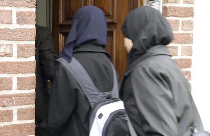 Belçika mahkemesinin 'Başörtüsüne yasak' görüşü