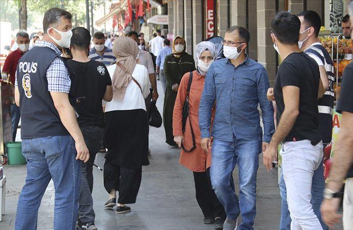 5 ilde daha maskesiz sokağa çıkmak yasaklandı