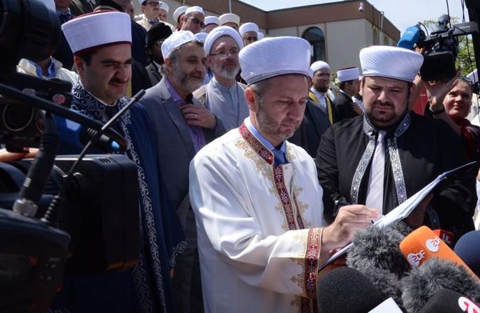 Aşırı sağcıların Kur'an-a yönelik ifadelerine İslam Cemaatinden tepki
