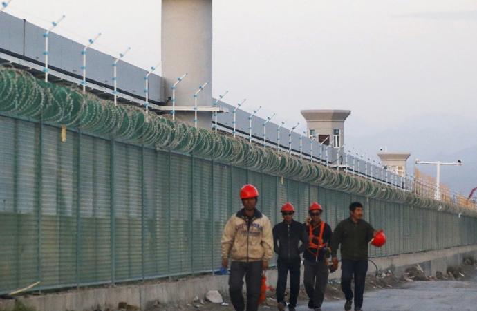 Trump, Uygur baskısı nedeniyle Çinli yetkililere yaptırım kararı aldı, Çin yanıt verdi
