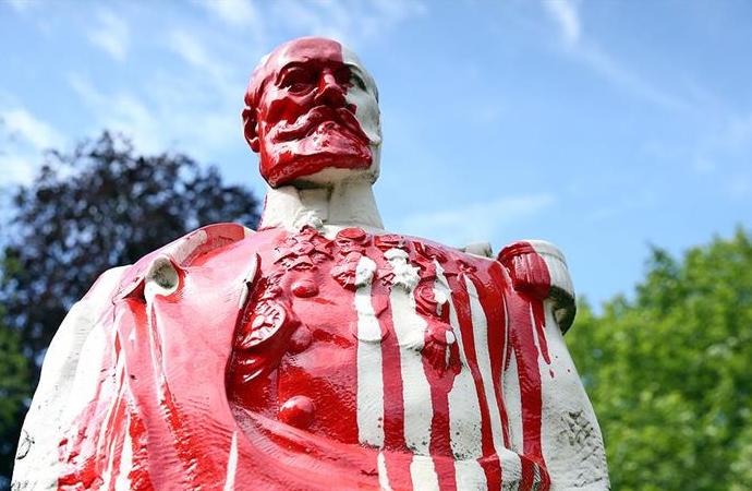 Avrupa'nın kanlı sömürgeci geçmişi peşini bırakmıyor