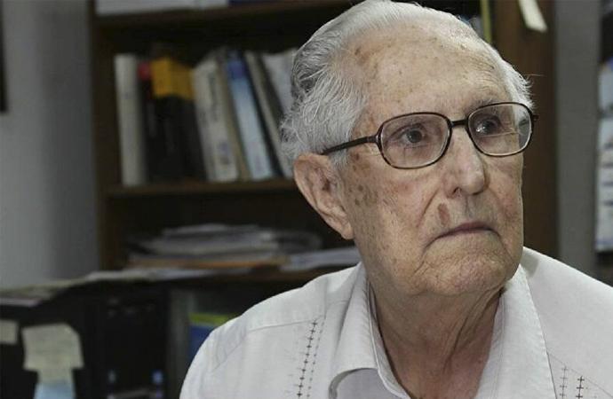 Hayatını Castro'yu öldürmeye adayan Kübalı CIA casusu