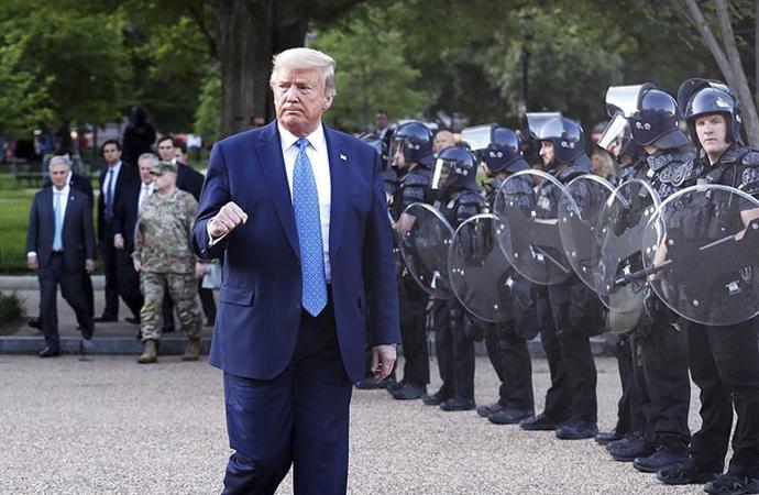 Trump sığınağa neden indiğini anlattı
