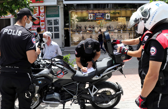 Maske takmayan 7 bin kişiye ceza kesildi
