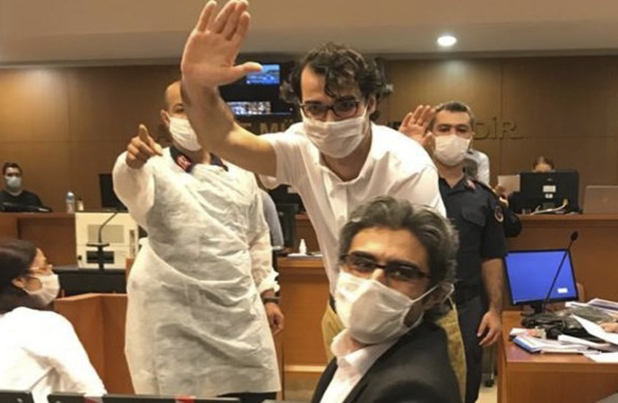 MİT davasında 3 gazeteciye tahliye
