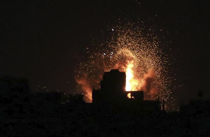 İsrail, Gazze'nin tarım alanlarını bombaladı