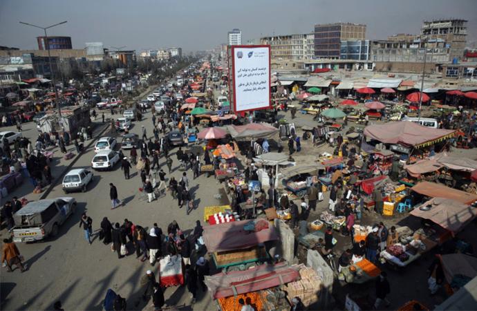 Afganistan'da pazar yerine kanlı saldırı: 23 Afganlı hayatını kaybetti