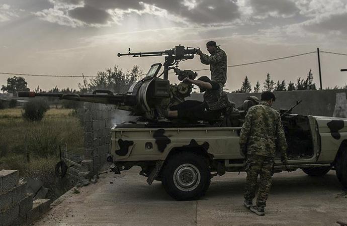 Trablus havaalanında kontrol Libya ordusuna geçti