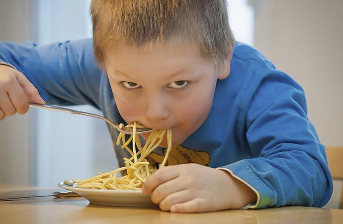 Karantinalar obez çocukları olumsuz etkiledi