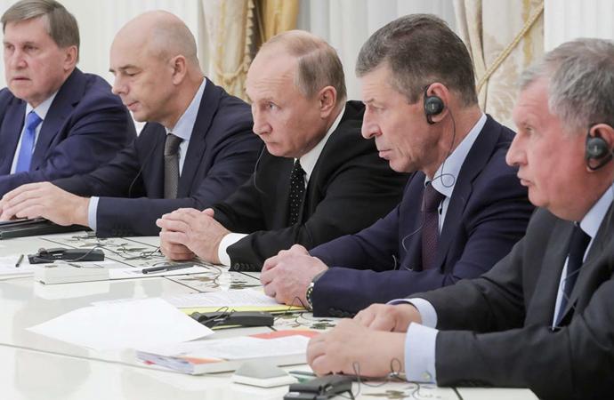 """Rusya'da yönetici elit """"Rus milliyetçisi"""" mi?"""