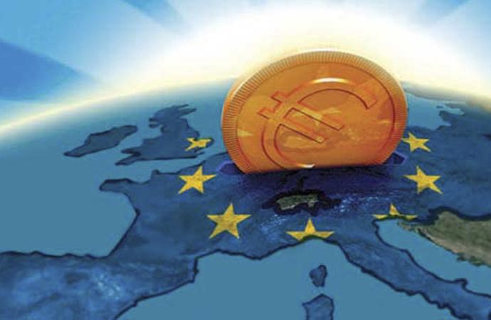 Avrupa Birliği ekonomi raporu: 2020'de % 8.3 küçülme, 2021'de % 5.8 büyüme