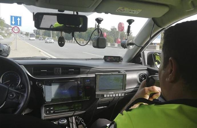 73 bin sürücüden 43 bini hız sınırını ihlal etti