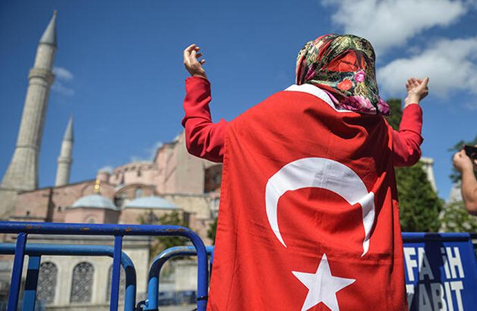Danıştay'ın Ayasofya kararı dünyanın gündemine bomba gibi düştü