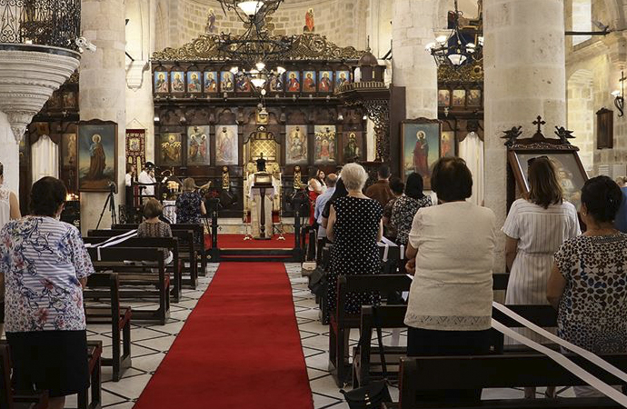 180 bin Hıristiyan, 20 bin Yahudi yaşıyor, 435 ibadethane açık