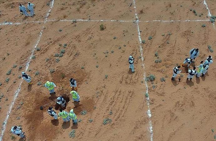 Libya'da toplu mezarlardan 225 ceset çıkarıldı