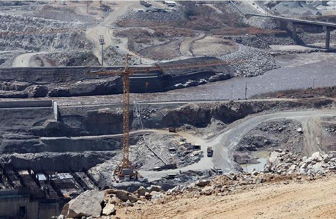 Etiyopya, barajı doldurmaya başladı