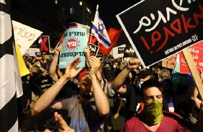 İşgalci İsrail'de Başbakan Netanyahu karşıtı gösteriler devam ediyor