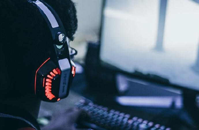 Koronavirüs salgını ile oyun sektörü 'altın çağını' yaşıyor
