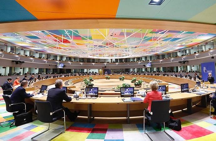 Avrupa Birliği kurtarma programı ve bütçe konusunda anlaştı
