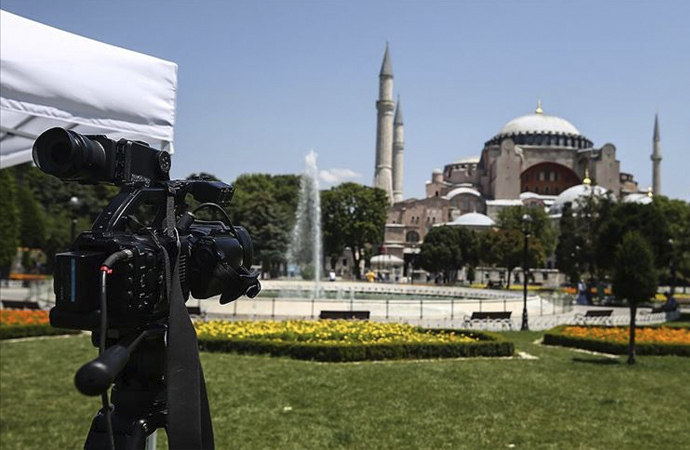 Ayasofya'ya yerli ve yabancı medya ilgisi